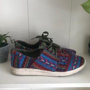 Aztec toms athletic shoes